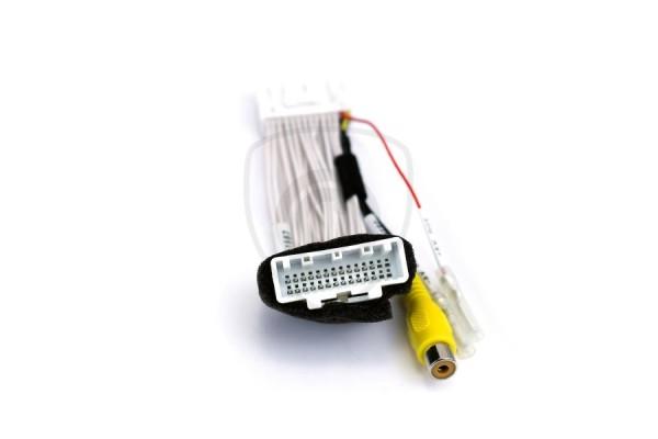 Vezetékes adapter a tolatókamerának Mazda monitorhoz való csatlakoztatására