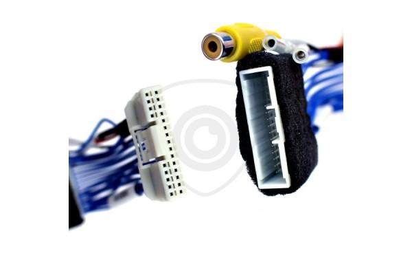Kábeladapter a tolatókamerának navigációs rendszerrel rendelkező Toyota MFD GEN5 és GEN6 monitorral való összekapcsolásához