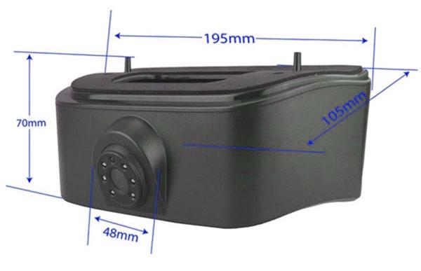 Méretek: Tolatókamera a féklámpában Nissan NV200